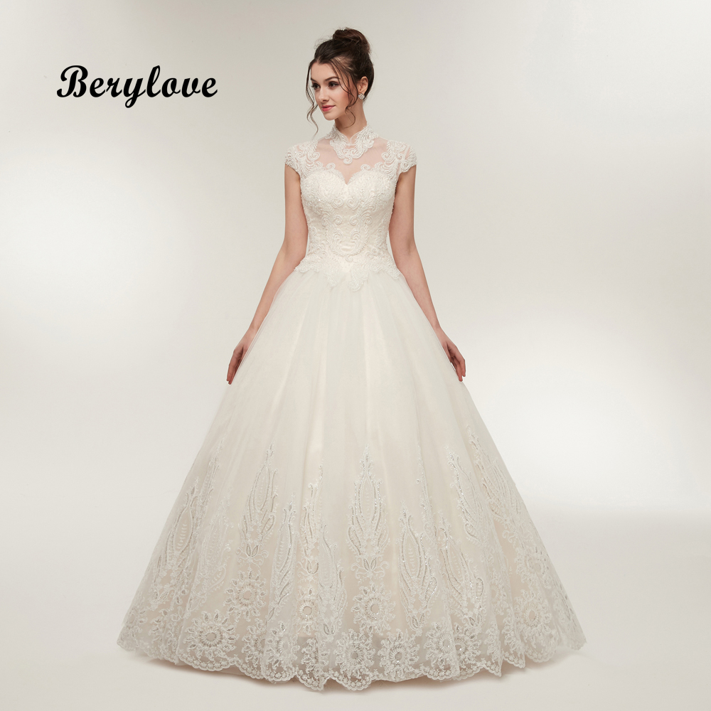 BeryLove Vintage Beaded Lace Ball Gown Wedding Dress High Neck Cap Sleeves Bridal Dresses 2018 Wedding Gowns Dresses Wedding