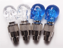 Skull Bicycle Valve stem LED Motion Activated Light Safety Cycling Lamp Wheel Tire Valve Caps Fashion Bike Accessories стоимость
