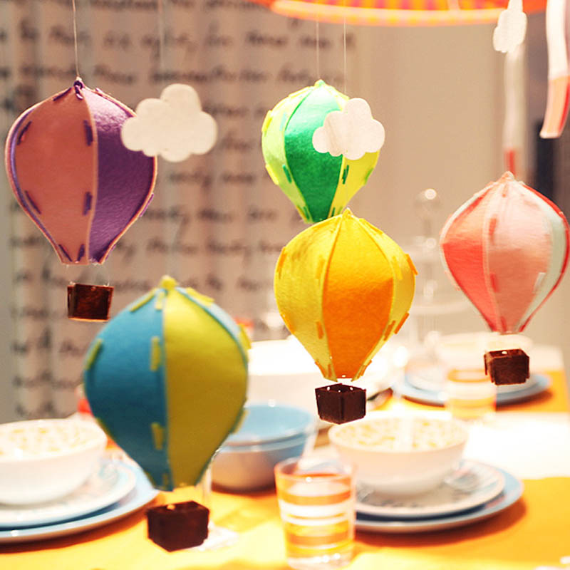 1pcs colorful small 3d felt hot air balloon decoration for Balloon cloud decoration