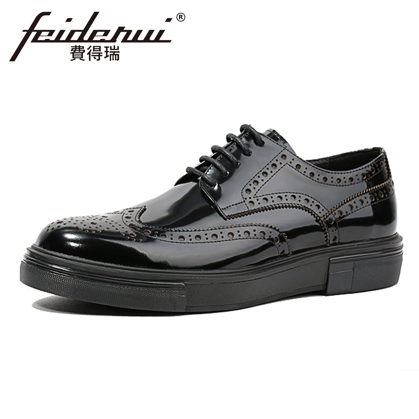 British Style Handmade Patent Leather Men's Carved Oxfords Round Toe Flat Platform Man Wingtip Brogue Wedding Party Shoes HQS132 xiuningyan fringe oxfords british style carved flats brogue shoes woman patent leather pointed toe platform pu shoes for women