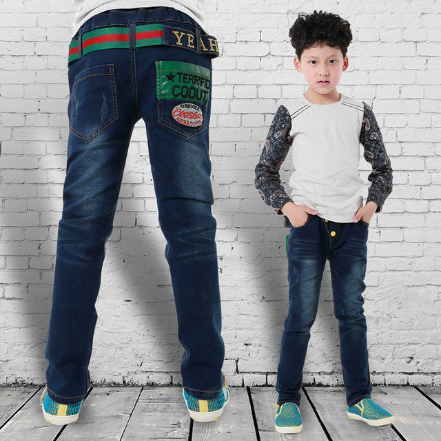 Мальчик дизайнерский бренд джинсы 2015 мода новая девушка зимние джинсы активность середина узкие брюки для детей и дизайнер бренда джинсы