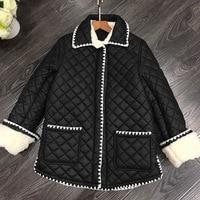 Черные туфли высокого качества Qulited куртка на подкладке пальто контраст цвет ткань окантовкой Искусственный Мех Дубленки воротник манжеты