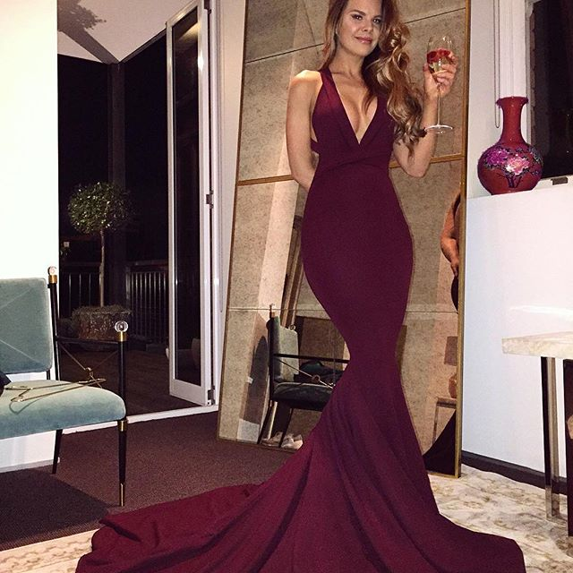 a01228ff19c Wine Red Long Mermaid Prom Dresses 2019 Sexy Deep V Neck Burgundy Prom  Evening Gowns Backless Women Formal Evening Wear Custom