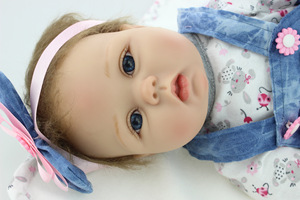 Reborn bambino del bambino della ragazza di alta qualità del bambino della ragazza della principessa bambola In vinile del Silicone adorabile Realistico Del Bambino Bonecas della ragazza bebe bambola