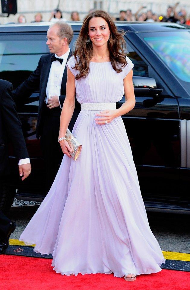 Obligatorisch Neue Ankunft Kurze Halter A-linie Homecoming Kleider Mit Perlen Kristall Prom Graduation Kleid Abschlussballkleider