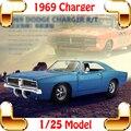 Новый Год Подарок 1969 Charger R/T 1/25 Модель Автомобиля Металла коллекция Игрушек Дети Мальчики Favour Забавная Игра Автомобиль Сплава Автомобилей настоящее