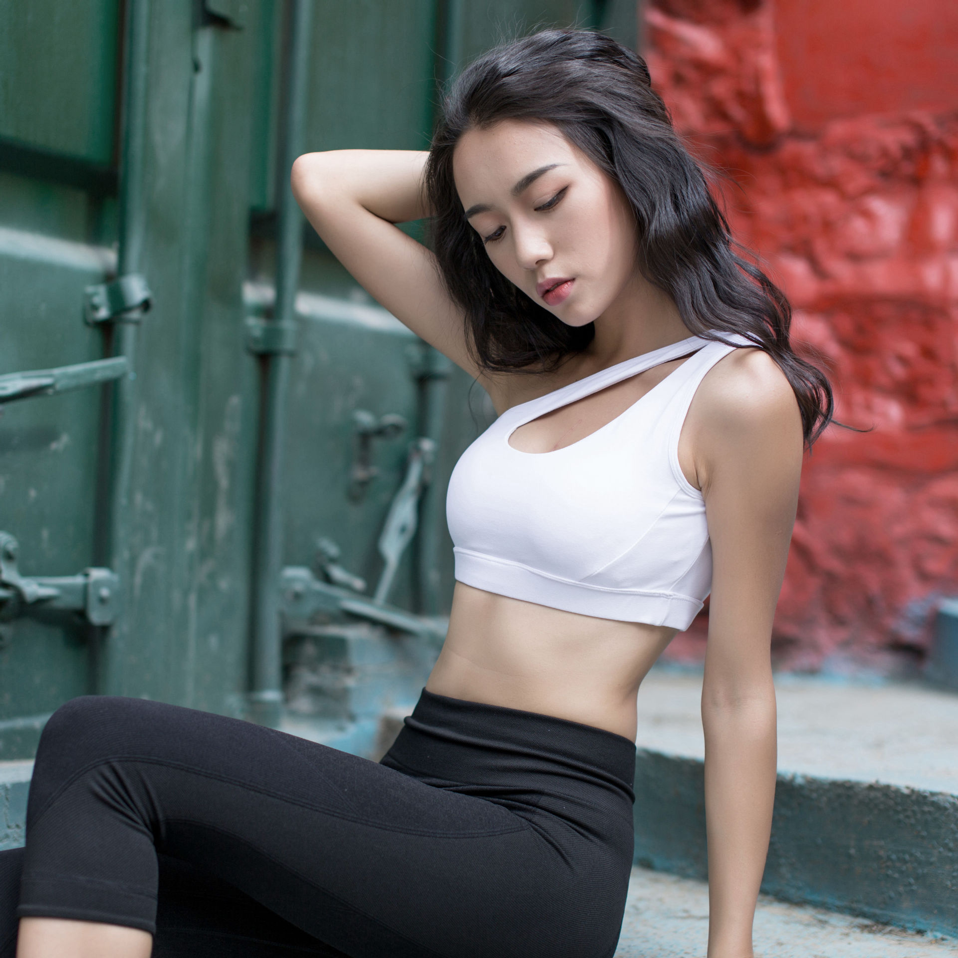jogging-women-sexy-hot-wife-moan-black-stud