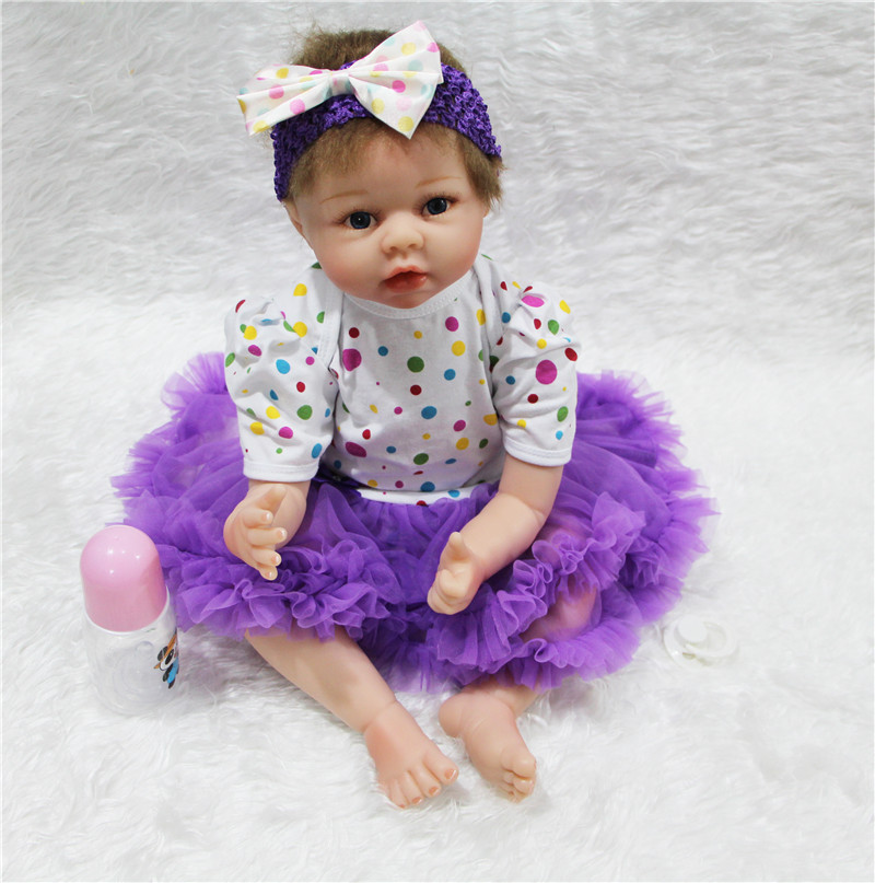 55cm lovely  baby reborn doll toys play house toys for kid , girl bonecas brinquedos silicone reborn babies  55cm lovely  baby reborn doll toys play house toys for kid , girl bonecas brinquedos silicone reborn babies