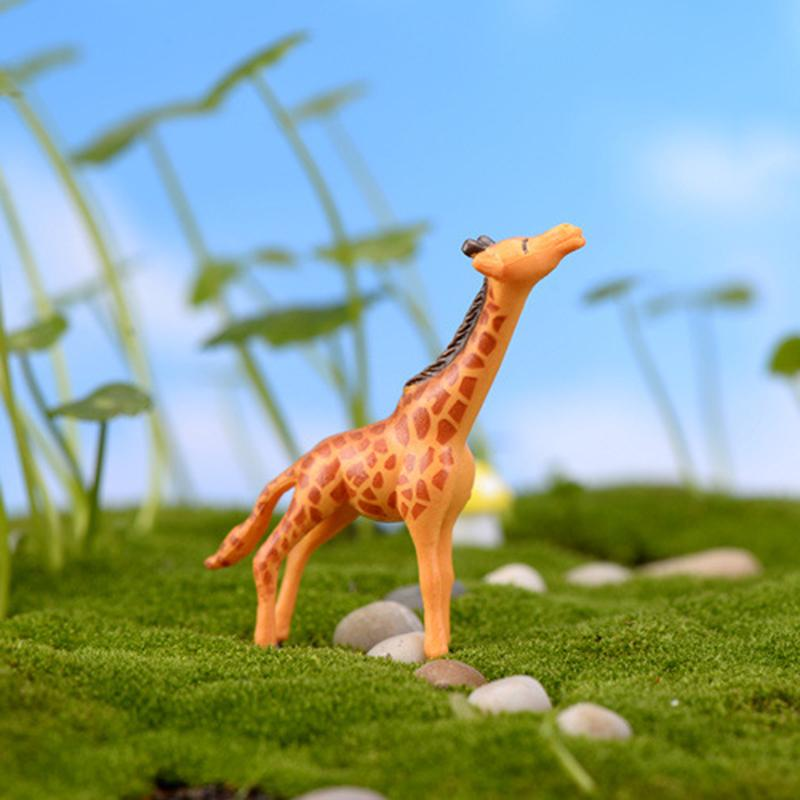 Us 0 4 31 Off Micro Landscape Decorations Diy Doll House Deer Giraffe Plastic Crafts Fairy Garden Miniatures Terrariums Succulents Home In Figurines