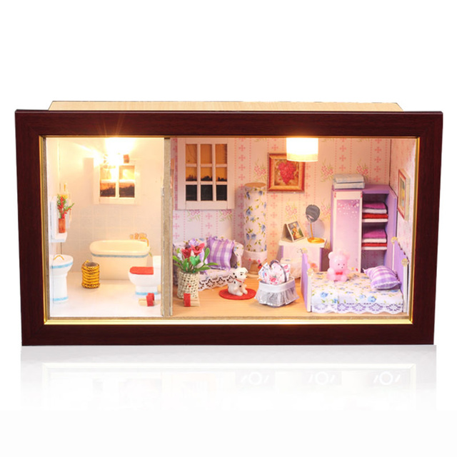 Free Shipping Diy Doll House lamp handmade wool photo frame assembling model birthday gift male girls