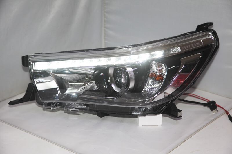 Free shipping for China VLAND car Head lamp for Toyota Revo headlight 2016 2017 Hilux LED headlight Vigo DRL H7 Xenon lamp free shipping china vland car led tail lamp for 2008 2015 mitsubishi lancer a6l style taillight with led moving signal light