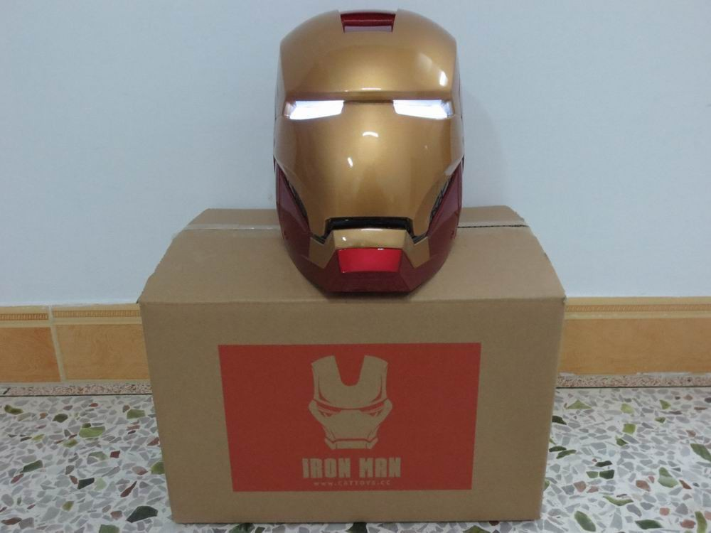 Iron Man 1:1 Helmet Wearable Mask LED Eyes ABS Avengers Marvel Mask Tony Stark LED Eye 3D Head Portrait  Model Cosplay Toy statue avengers captain america 3 civil war iron man tony stark 1 2 bust mk33 half length photo or portrait with led light w216