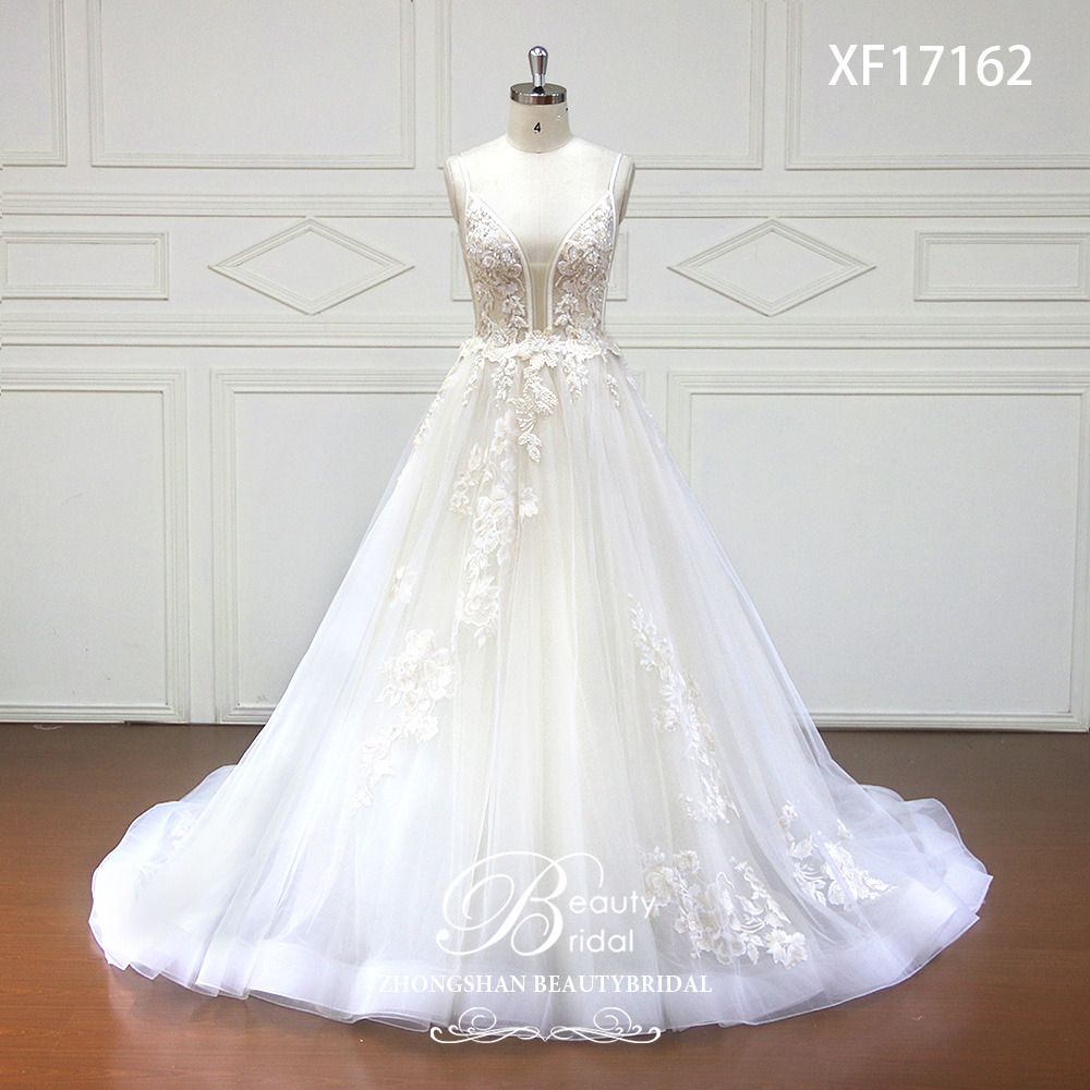 Free Shipping Wedding Dresses 2019 V-Neck Court Train Lace Applique Crystal Beading Bride Dress Gowns Vestidos De Novia XF17162