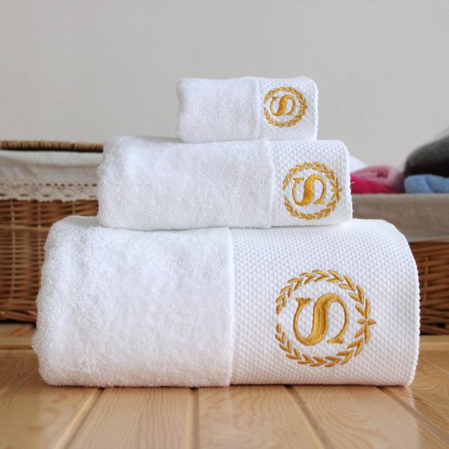 Badhanddoek Met Logo.Us 26 0 Gratis Verzending Witte Katoenen Handdoeken Hotel Spa Club Sauna Schoonheidssalon Gratis Logo Zijn Naam In Gratis Verzending Witte Katoenen