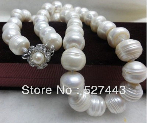 Wholesale free shipping >>Noblest AA+ 11-12mm white baroque pearl necklace Flower Clasps no box