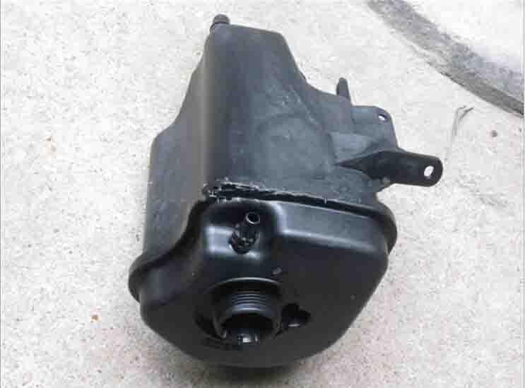 Expansion Tank 17137552546 for X5 E70 X6 E71 E72 drop 1 e72 nokia e72