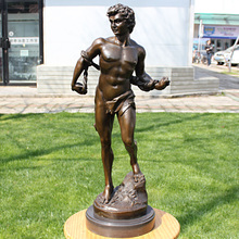 The statue of David Michelangelo classic European Renaissance bronze sculpture decoration Craft Hotel