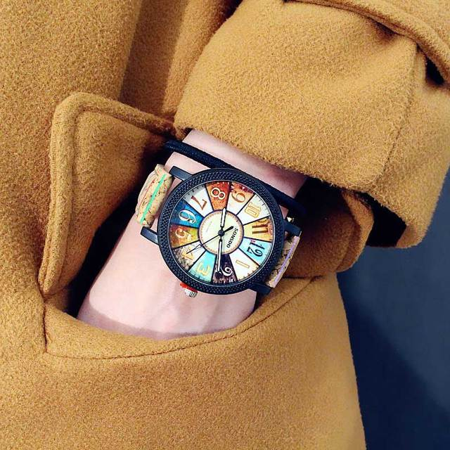 New colorful Fashion trend female Middle school student watches Personality wood