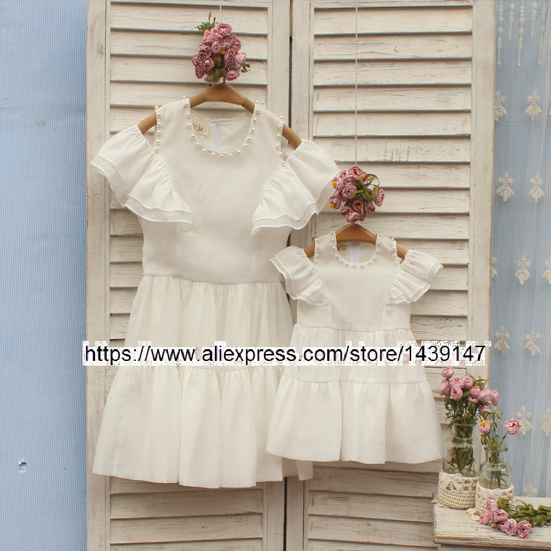 Children clothing Mother and Daughter White Dresses Dew shoulder,2-10 years old Girl Clothes, Women plus Large size increase 4XL children clothing mother and daughter dress red printing 2 10 years old child little baby girls clothes women large size 4xl