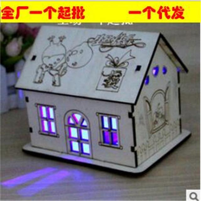 Linda casa caixa de poupança criativo presente do Dia Dos Namorados do bebê modelos de madeira kits buiding brinquedo flash de cores aleatórias