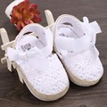 2016 Nova Top Fashion Bayi Sepatu Sapato Prewalker Moda Bebê Meninas Infantil Suave Sole Oco Doce Criança 0-18 meses Anti-slip