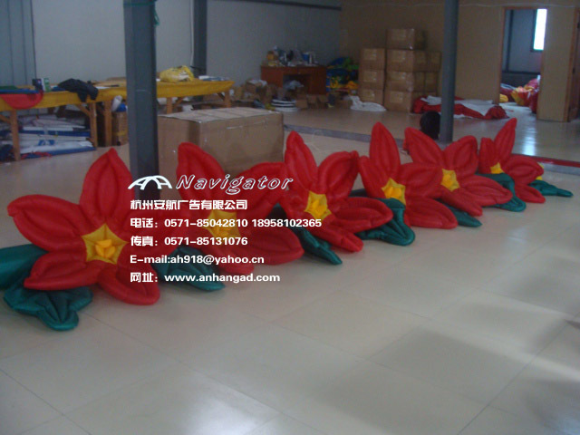 купить Popular Red inflatable decorative flowers for party decor по цене 14279.48 рублей