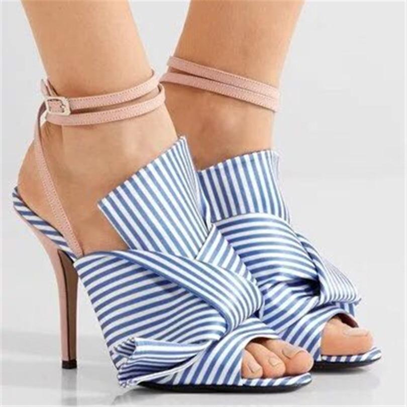 2018 Новый атласный бант тапочки Пантуфль женщин большой бант завязывают Гладиатор Sandalias ремешками лодыжки за пределами слайды обувь женщины