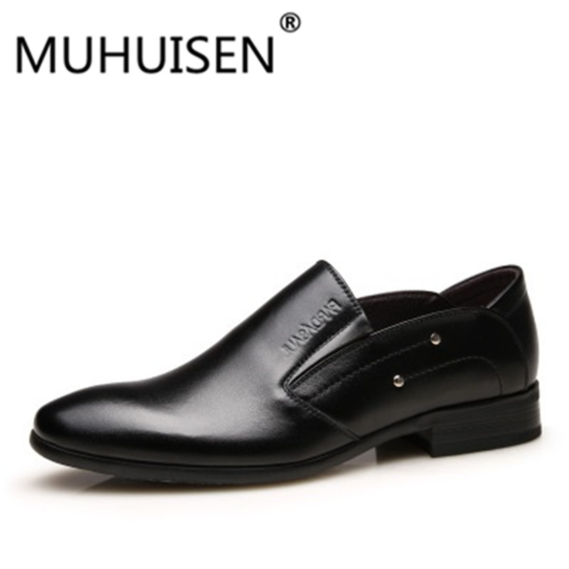 2018 New fashion Business Wedding Patent Leather Oxford Shoes For Men Dress Shoes Men Formal Shoes Pointed Toe