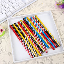 20pcs / lot super cheap stationery paper green flower-child to write children's pencil HB pencil pencil flower stem student 2018 minecraft toys peripheral kit student stationery hb pencil diamond sword gift