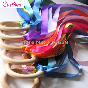 12Pcs/Lot Wooden Ring Waldorf Ribbon Hand Kite Toy Swirl Stremers FLY ME Birthyday Party Favors