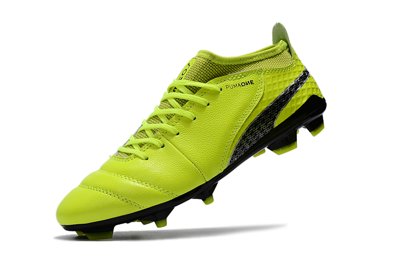 2018 PUMA Men s One 17.3 FG Soccer Shoe Soccer Cleats Sneakers ... 74f53c3ea