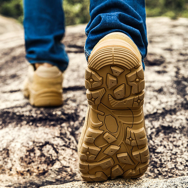 Outdoor Men Hiking Shoes Breathable 10