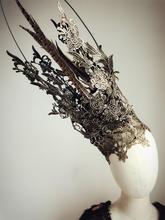 Девушки Skullies & Beanies шляпы высокие шапки черный новинка танец костюм кружева выдалбливают показать мяч маска маска бальные женщины износа головок и дисков