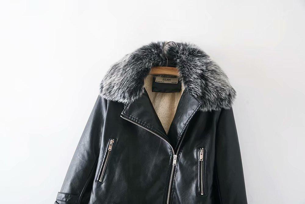 d40f8f32382 Nuevo caliente de las mujeres de la moda de la PU chaquetas de cuero mujer  otoño corto Epaulet cremalleras abrigo caliente negro blanco rosa amarillo  ...