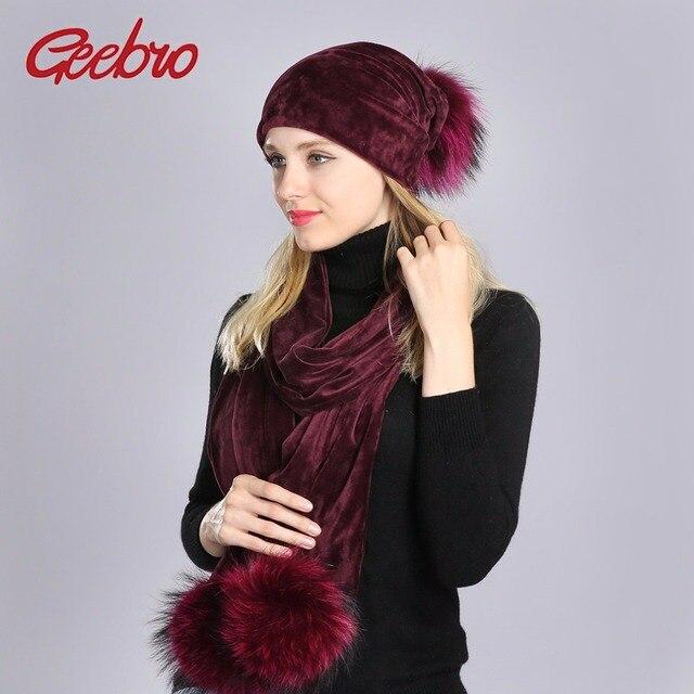 Geebro Pompon Chapeau et Écharpe D hiver de Femmes Casual Velours Chaud  écharpe Avec Pompons cfe23daa014