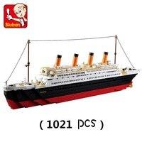 SLUBAN B0577 Model Building Kits Compatible With City Titanic RMS Ship 1021PCS 3D Blocks Educational Model