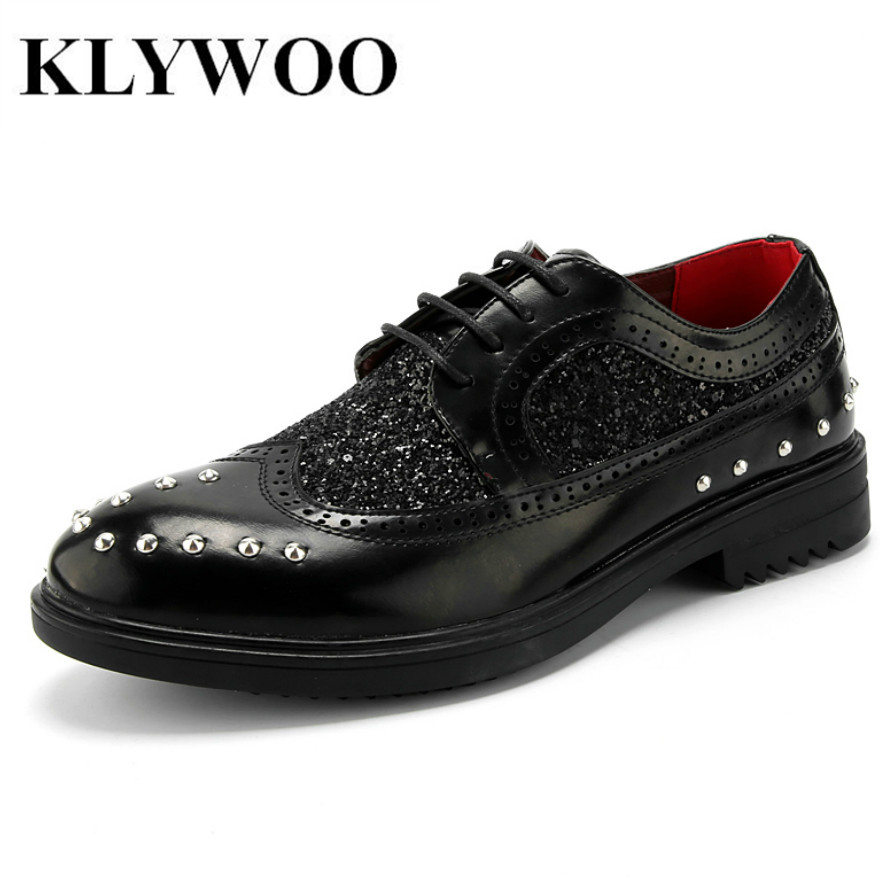KLYWOO 2017 Brogue Shoes Men Casual Leather Shoes Fashion Flats For Men Oxfords Classic Black Red Dress Wedding Shoes Breathable