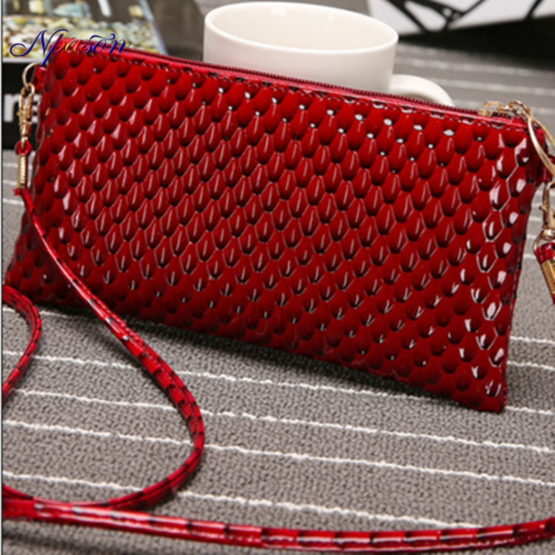 NPASON Bag Woman 2018 New Pattern Shell Grain Believe Occlusive Wrap Korean Woman Package Single Shoulder Messenger Envelope Bag