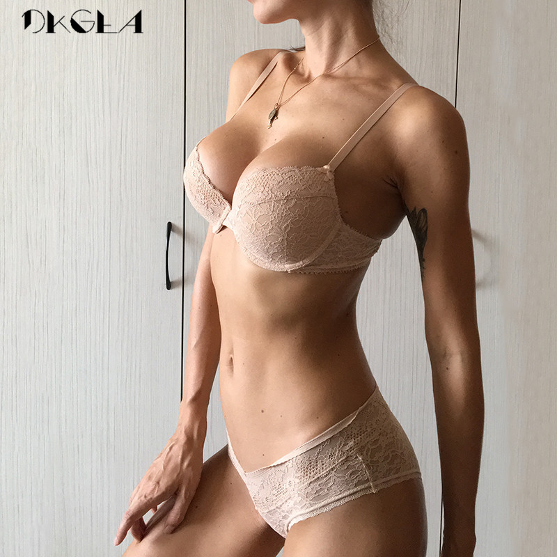 2019 Fashion Sexy Women Underwear Bra And Panty Sets Comfortable Thin Cotton Lace Bra Set Black Brassiere Embroidery Lingerie