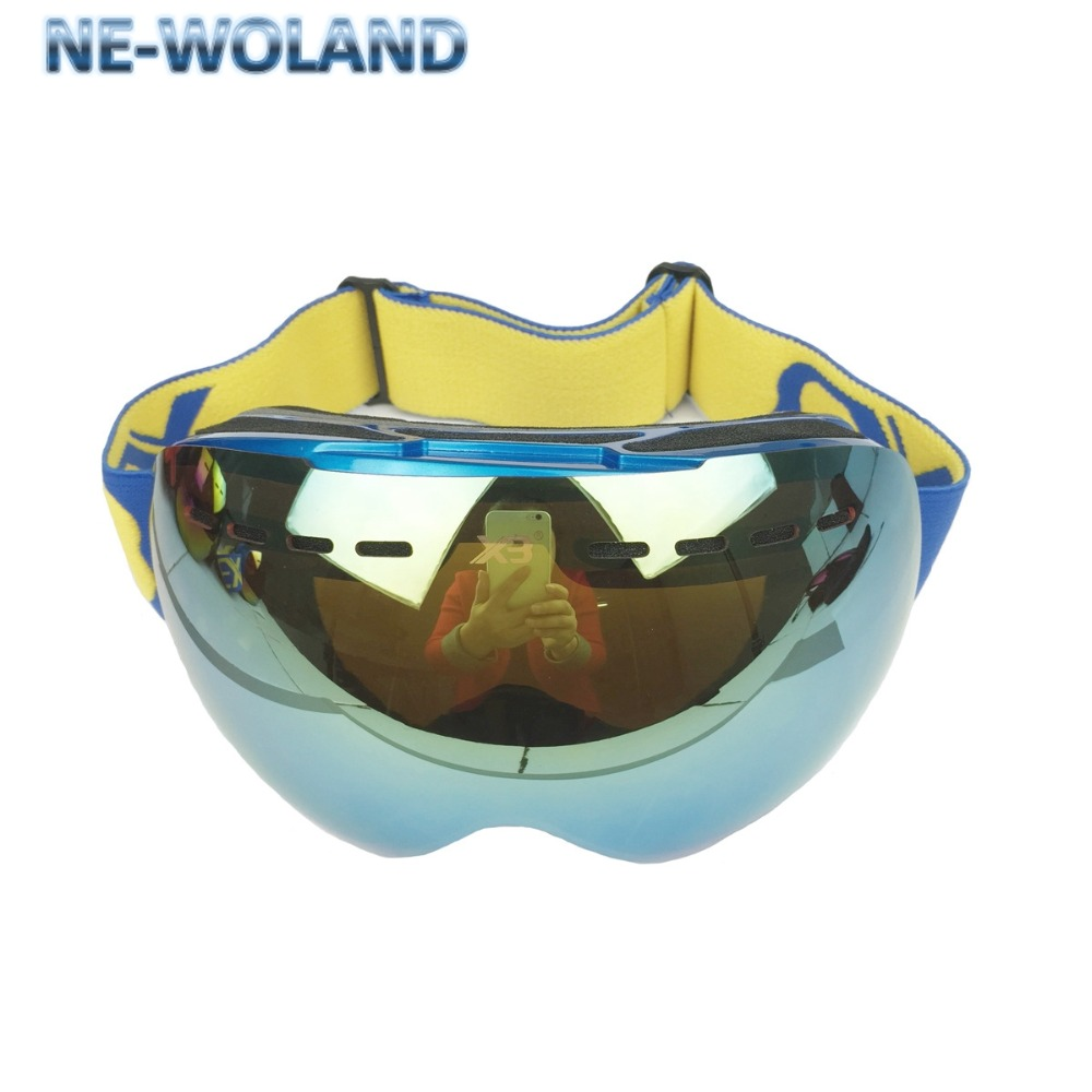 New arrival,blue lens double layers Large splayers  goggles for skiers,full protection for eyes,can attach reading glasses.