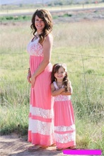 купить long mother and daughter lace dress mommy and me clothes family look matching outfits mama mom mum and daughter dresses clothes по цене 52.8 рублей