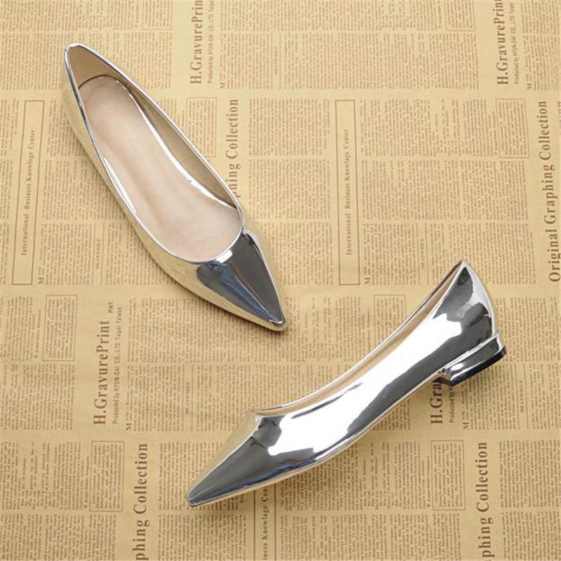 Fashion female toe pointed shallow mouth japanned leather flat heel flat gold single shoes small yards plus size women's shoes flock women flats 2017 pointed toe ladies single shoes fashion shallow casual shoes plus size 40 43 small yards 33 sapatos