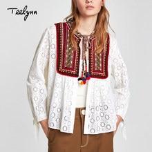 94b30fe756 Blusa Boho blanca teelyn 2018 nuevo algodón hueco floral bordado top manga  larga encaje Hippie chic tassle mujeres blusas camisa