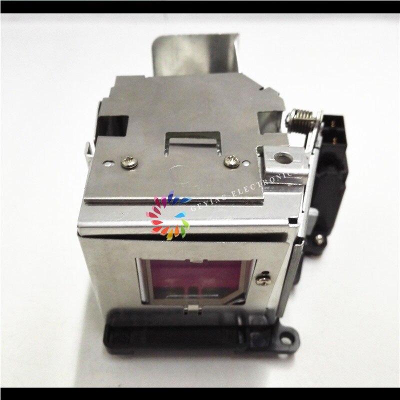 SHP 135 210W Original Projector Lamp With Housing AN-D350LP for projector PG-D2500X / PG-D2710X projector lamp for saville av ss 1200 bulb p n an b10lp 130w shp id lmp2876