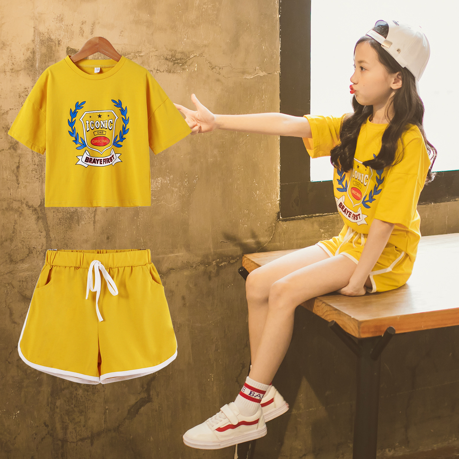Childrens Girls New Summer Short Sleeve Sports Suit Clothes Set for Girl Print Clothing Sets 4-14 Yrs Teens Tracksuit CA024
