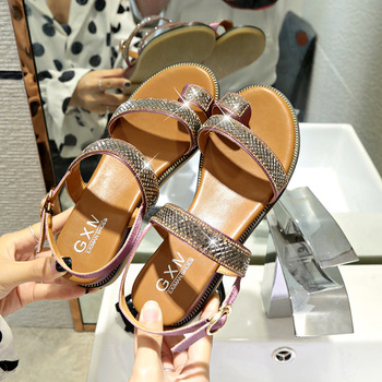2019 women Sandals  Leather Summer Sandals women Breathable Flat Sandals Casual