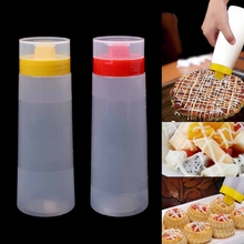 4-Hole Plastic Salad Dressing Squeeze Bottle Condiment Dispenser Ketchup Mustard Kitchen Accessories