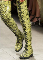 Новейшие женские Сапоги выше колена из змеиной кожи под кожу питона, камуфляжные сапоги на плоской подошве, женская обувь, женские облегающ