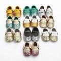2017 New design sequins Genuine Leather Baby shoes light gold Tassel Toddler Baby moccasins bebe Bling Bling First Walkers Shoe