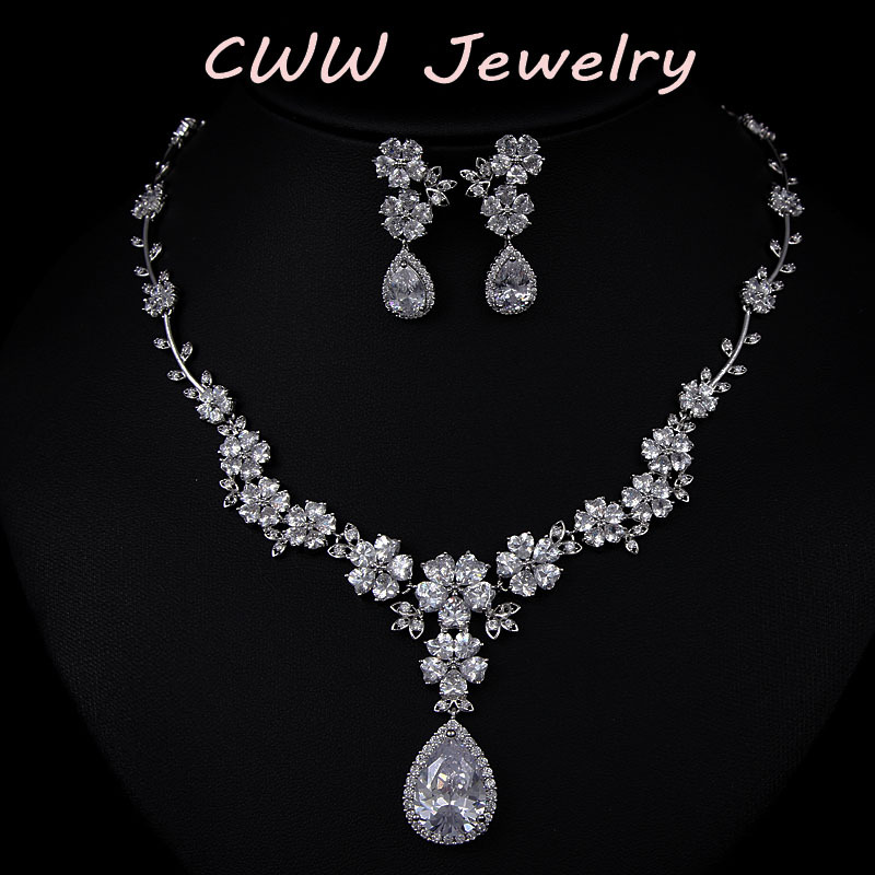 CWWZircons 2017 New Fashion Bridal Flower Necklace and Earrings